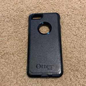 black otterbox iphone 6/6s case!